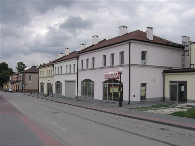 Budynek mieszkalno-usługowy - Jędrzejów